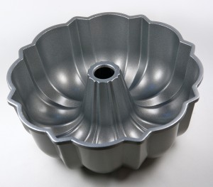 Bundt Baking Pans Wilton Round Fluted Tube Cake Pan