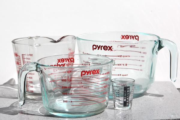 Liquid-measuring-cups