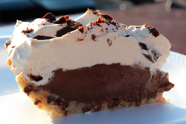 Espresso Black Bottom Pie in Chocolate Chip Cookie Crust | Bakepedia