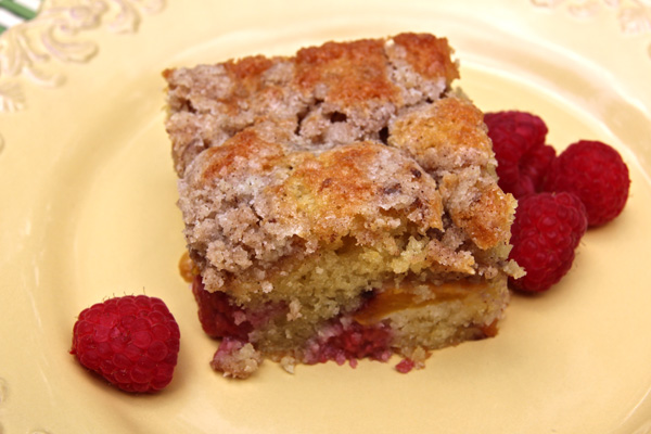 nectarine-raspberry-buckle