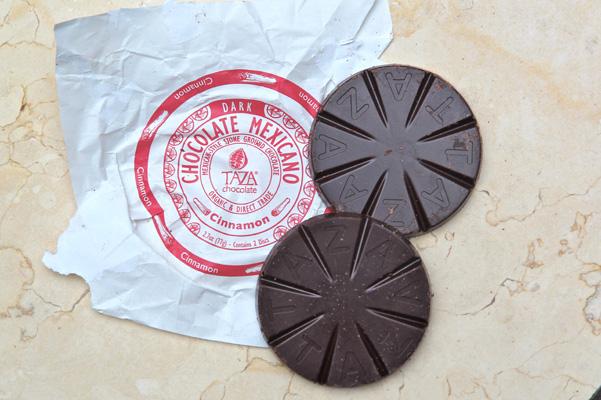 taza chocolate mexicano cinnamon disc unwrapped