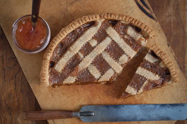 caramel apricot linzer torte recipe