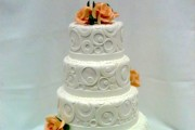 stacking cake tiers