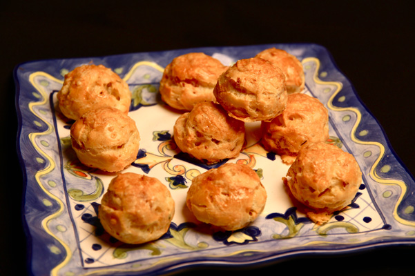 Bacon Thyme Gougeres Recipe | Bakepedia