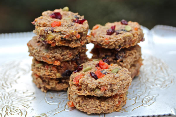 healthy-breakfast-cookies-stacked