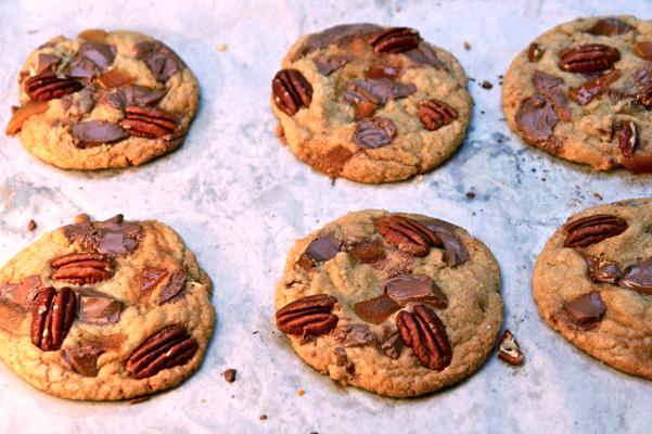 milk-chocolate-chunk-cookies-on-pan-2
