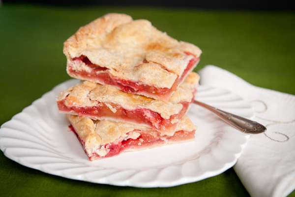 Apple Raspberry Slab Pie Recipe | Bakepedia