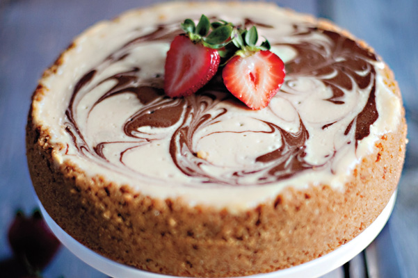 Banana Split Cheesecake Recipe | Bakepedia
