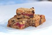 dulce-de-leche-raspberry-bars