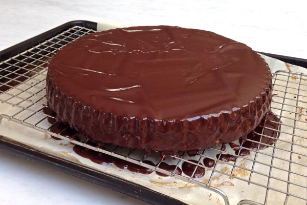 Caramel-Walnut Tart Recipe | Bakepedia