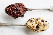 raw chocolate chip cookie dough