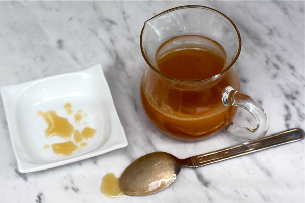 Salted Bourbon Honey Caramel Sauce Recipe | Bakepedia