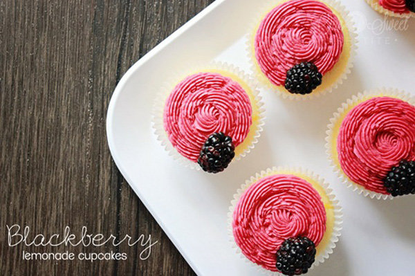 blackberry_lemonade_cupcake_thumb
