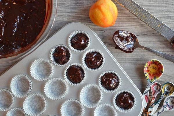Macadamia-Nut-Fudge-Clusters-spooning-in-pan