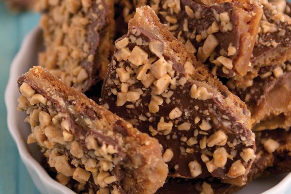 Dessert_Mash_Ups-ChocolateChip_Toffee_Bark