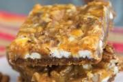 Dessert_Mash_Ups-Pumpkin_Magic_Bars