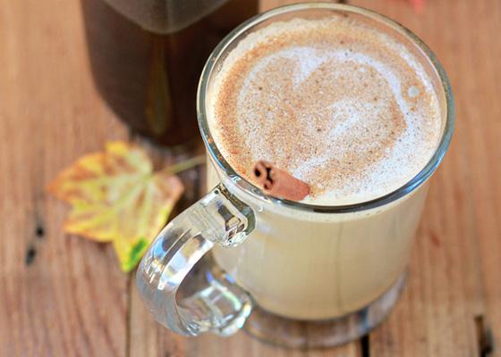 Healthier-Pumpkin-Spice-Coffee-Syrup