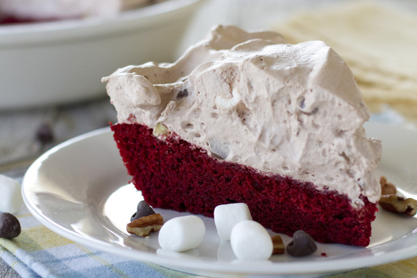 Red Velvet Rocky-Road-Pie