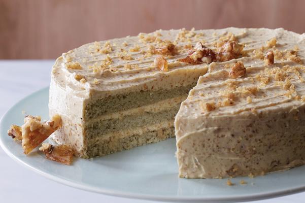Praline Butter Pecan Cake