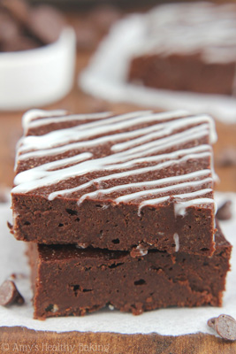 chocolate-fudge-brownies-peppermint-drizzle_4280