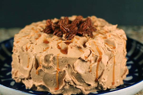 banana caramel cake whole