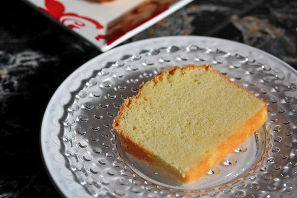 pound cake closeup