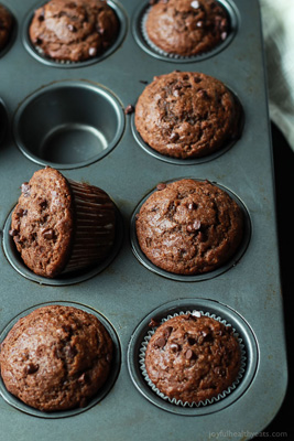 Double-Chocolate-Banana-Muffins