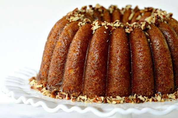 Glazed Butter Rum Cake Recipe | Bakepedia
