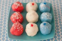 red-white-and-blue-cake-balls-dede-wilson 2